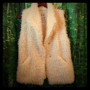 Pete & Greta fur vest size M